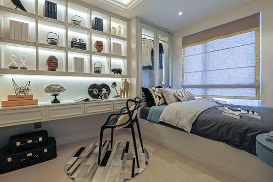 法式轻奢135㎡时髦三居室,开放式的摩登书房,玲玲剔透,你确定不会心动?