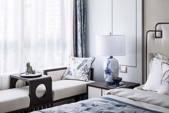 新中式146㎡古风三居室,百种青花百种姿态,每看一眼都是风景