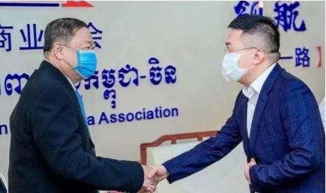柬埔寨刘阳为当地中小企业发展献计献策